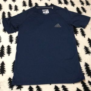 Adidas ultimate tee XS